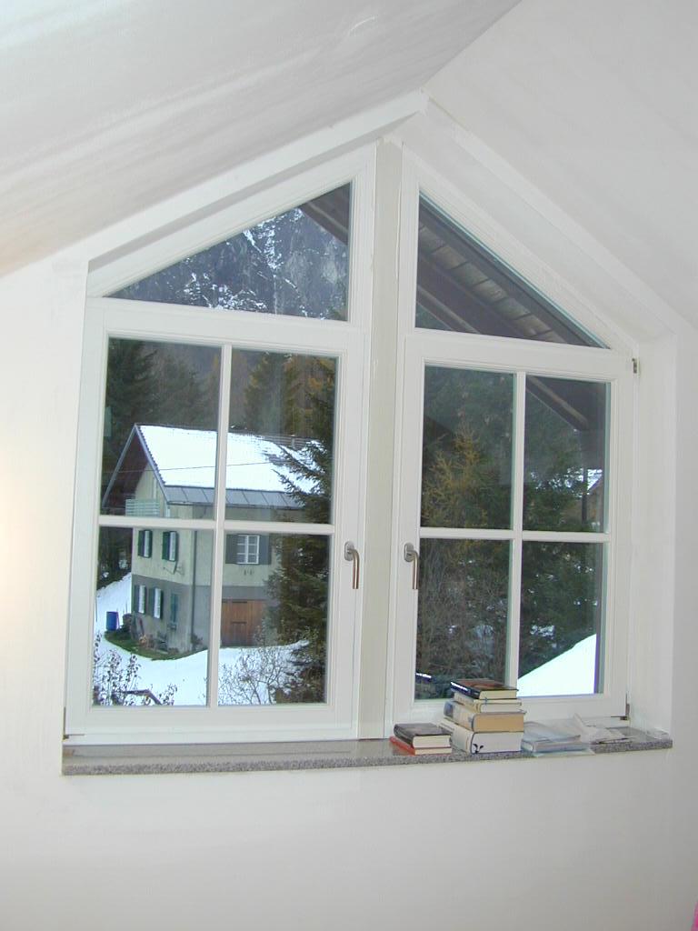dachfenster fenster t ren zimmerei holzbau r rothb ck gmbh in salzburg. Black Bedroom Furniture Sets. Home Design Ideas